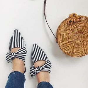 Shoes - Last 1🆕Kyla Striped Pointy Toe Bow Mules